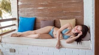 Jessy Mendiola slams netizen saying her bikini photos too revealing,