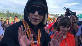 Vice Ganda clarifies photos with Imee Marcos; denies being a Marcos endorser