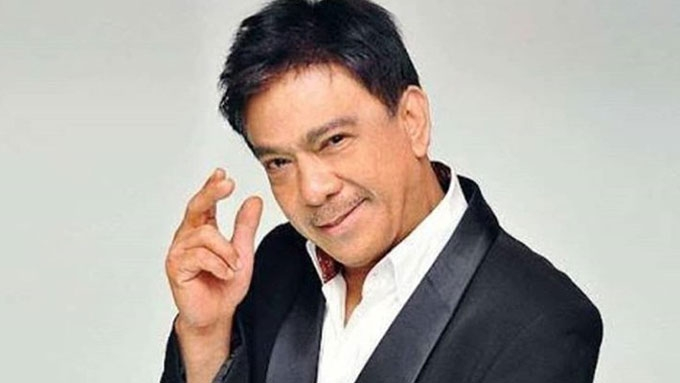 Martin, Gary, Regine, Sharon, Lea, pay tribute to Rico J.