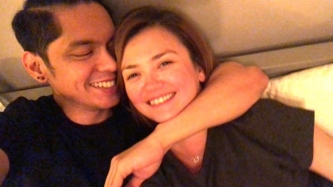 Angelica Panganiban posts sweet photo with Carlo Aquino