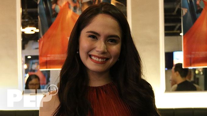 Jessy Mendiola keeps distance from Enrique Gil