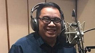 Talent manager at PEP columnist na si Noel Ferrer, recording artist na