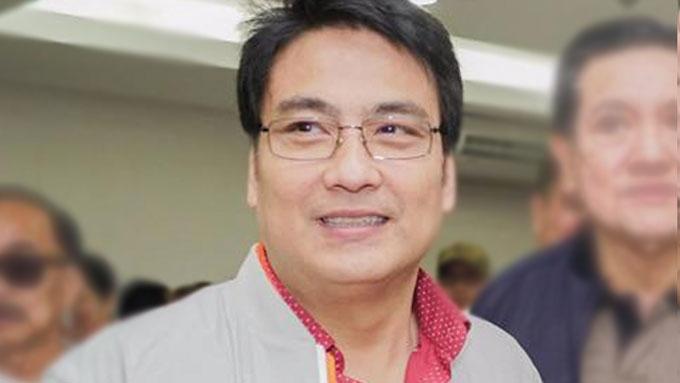 Bong Revilla denies feud with Robin Padilla
