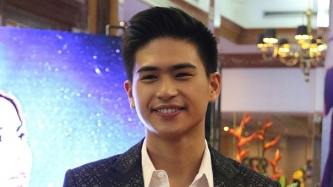 Kapuso Manolo Pedrosa still in touch with Kapamilya friends