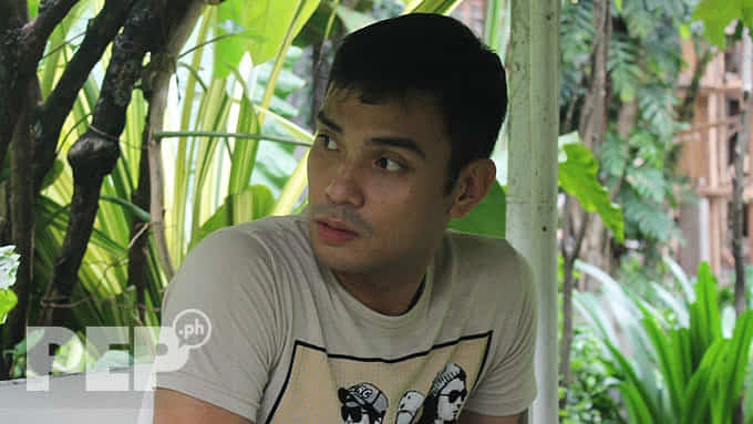 Kristofer King camp appeals to Coco Martin for help