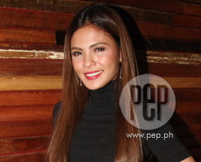 What's Rocco Nacino's gift for Lovi Poe on her birthday?
