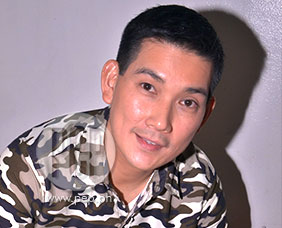 "Richard Yap reacts to ""heartthrob"" tag"