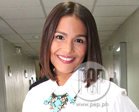 Iza Calzado clarifies she's not replacing Anne Curtis or Karylle
