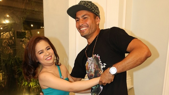 Derek Ramsay-Kiray Celis kissing scene: Take 15!
