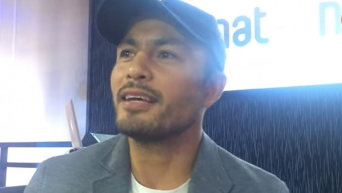 "PEP asks Derek Ramsay, ""Is love blind?"""