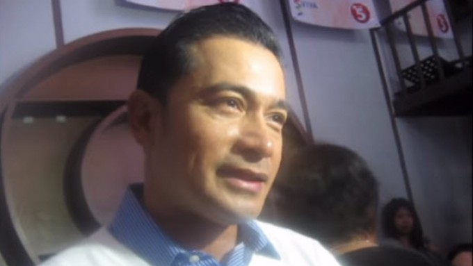 Cesar Montano plays with words when asked about Sunshine