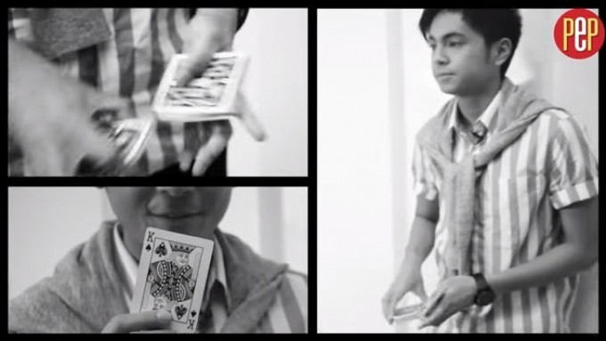 "Miguel Tanfelix shows ""magic"" card trick"