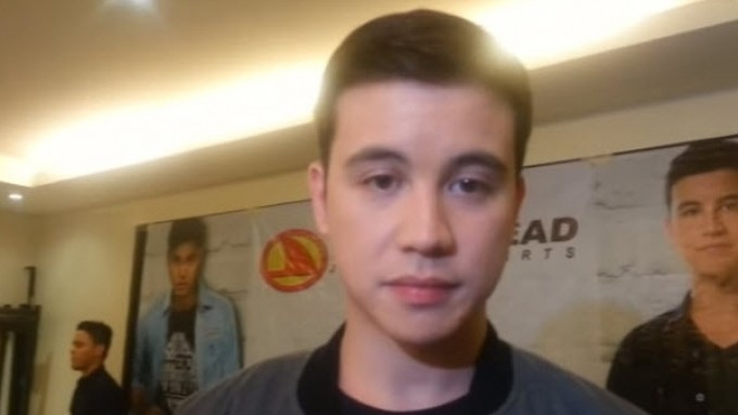 Arjo Atayde checks past projects of candidate he likes