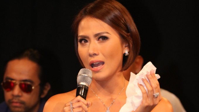 Bianca Manalo becomes emotional while reminiscing about dad