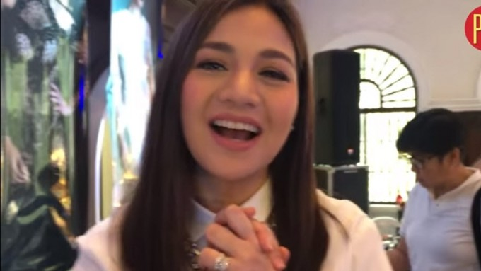 Kyla greets the 'Queen' of her heart