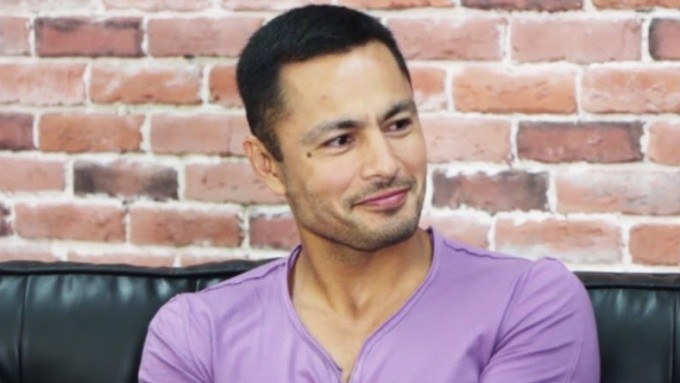 Derek Ramsay on how he shows his love to his girlfriend