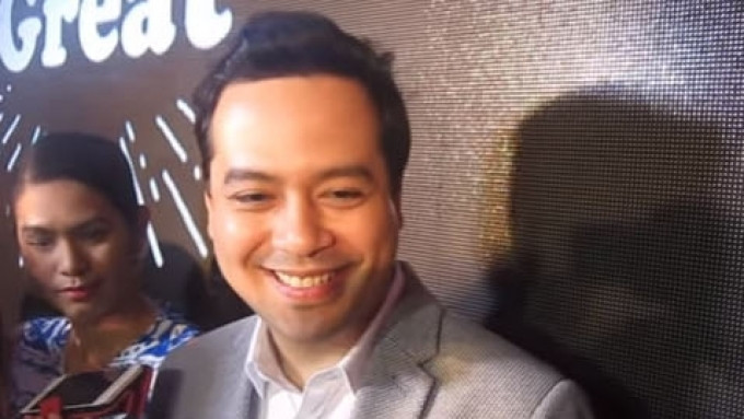John Lloyd reacts to 'Hugot Lines' of Angelica