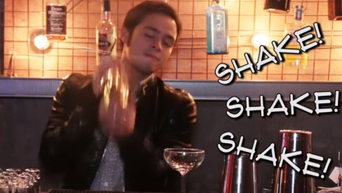 Martin del Rosario shows how to make 'Whisky Sour'