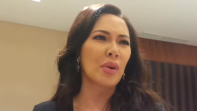 Ruffa does not enjoy working with her family