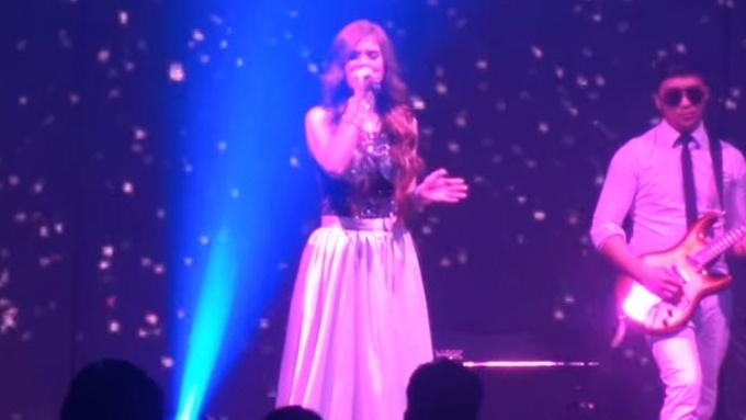 Michelle Ayalde sings 'Love'