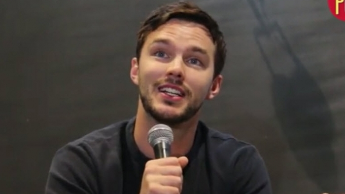 Nicholas Hoult experiences humidity and traffic of Manila