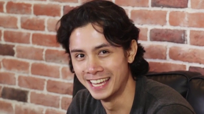 JC Santos not used to attention and adoration of fans