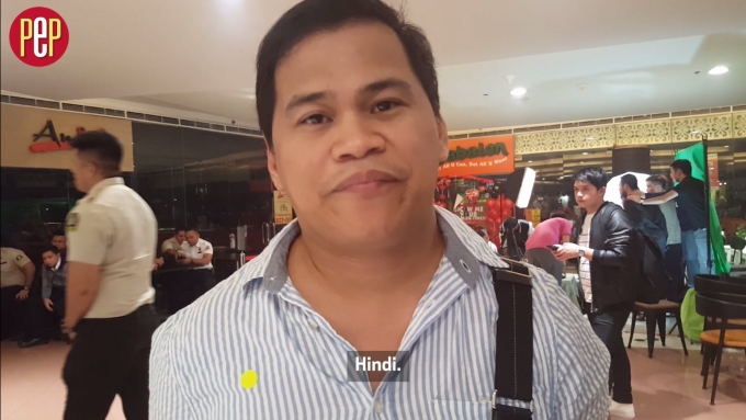 Ogie Diaz says no kissing scene for Liza Soberano for now