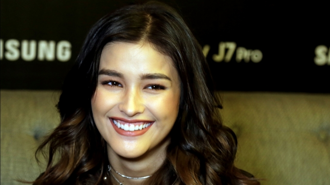 Liza Soberano takes on the 'Darna Challenge'
