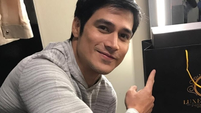 What is Piolo Pascual's advice to depressed people?