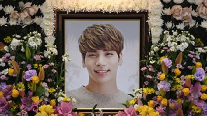 WATCH: Jonghyun's funeral procession