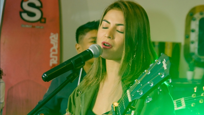 Glaiza de Castro performs song penned by Angelica Panganiban