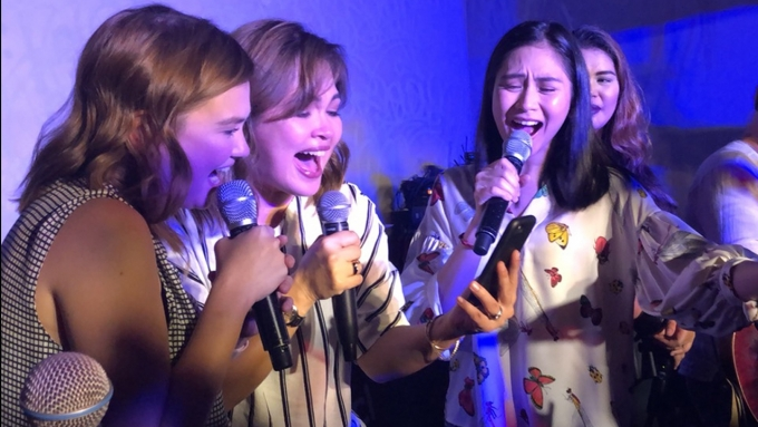 Juday sings with Sarah, Angelica, and Aegis
