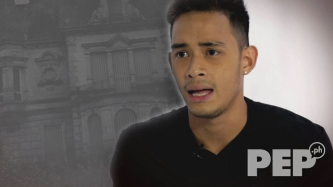 Diego Loyzaga and the 'occupants' of his old house