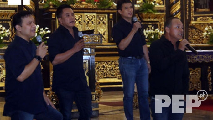 '90s OPM singers perform medley at Rico J. Puno's necro service
