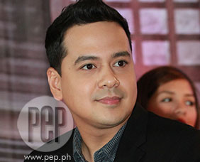 John Lloyd tells how he'll convince viewers with his comedic talent