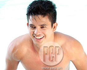 Jason Abalos talks about role in Filipino remake of Maria Mercedes