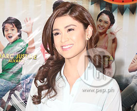 """Carla Abellana sees mother roles as """"challenging"""""""