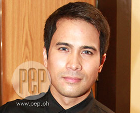 """Sam Milby describes character in Kimmy Dora 3 """"a stiff guy&quot"""