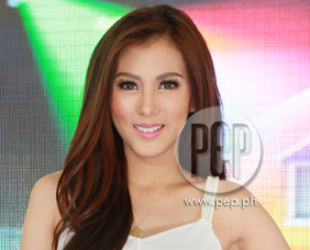 Alex Gonzaga sees Ryan Bang as a friend and a baby brother