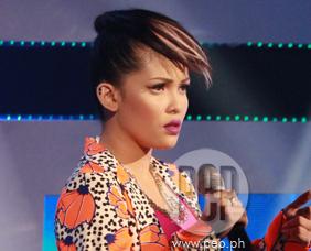 KZ Tandingan wins Favorite New Artist in MYX Music Awards 2014