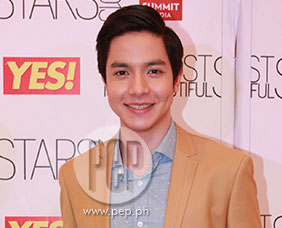 "Alden Richards gives beauty tip: ""thinking positive"" and g"