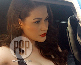 Bea Alonzo talks about bonding for the first time with Angel Locsin an