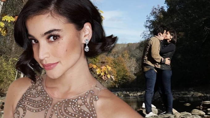 Anne Curtis shows off her sparkling solitaire ring
