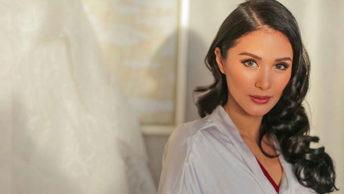 Heart Evangelista shows glimpses of all-white mansion