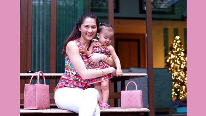 Marian Rivera and Baby Zia stun in twinning swimsuits