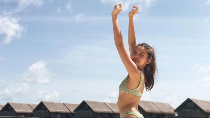 Maine Mendoza's latest bikini pics flaunt sexy beach bod
