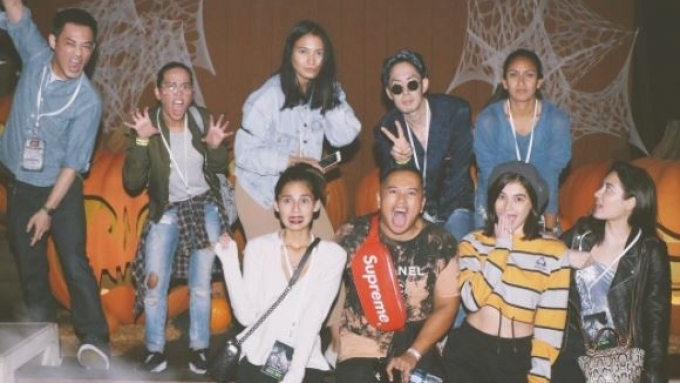Anne Curtis fought zombies with Vaness Wu in California