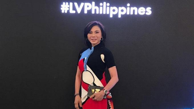 Dra. Vicki Belo's bonggacious outfit at Paris Fashion Week