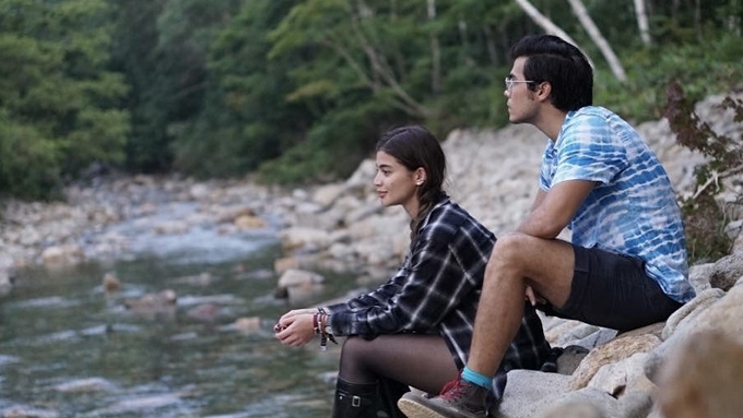 Anne and Erwan's photos in South Korea have K-Drama feels