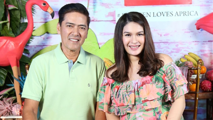 Vic Sotto confirms Pauleen Luna has given birth